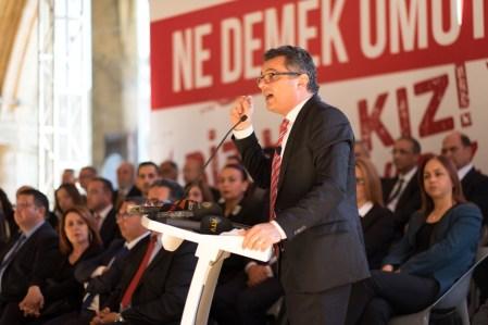 Erhürman - Ekonomik ve Sosyal Kalkınma Programını açıkladı (1)